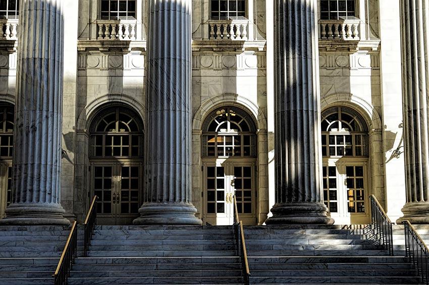 budynek francuskiego sądu