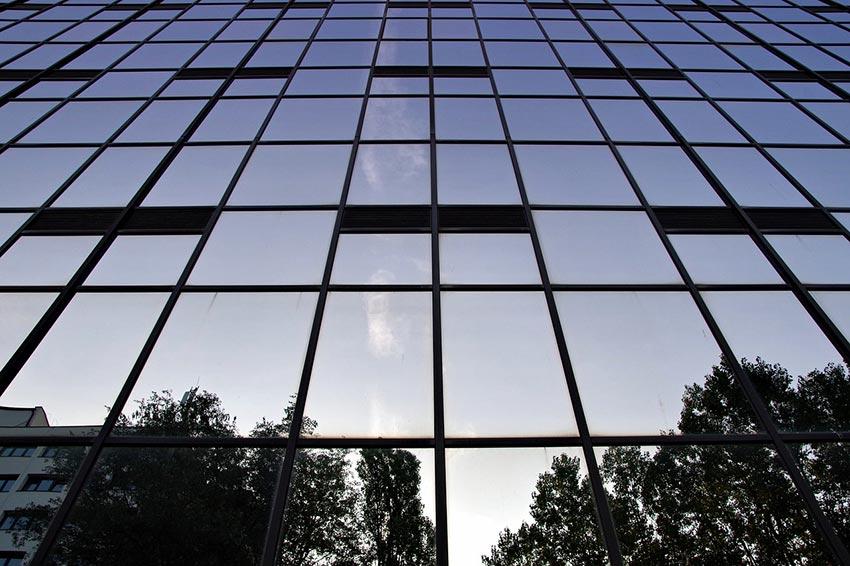 budynek firmy we Francji